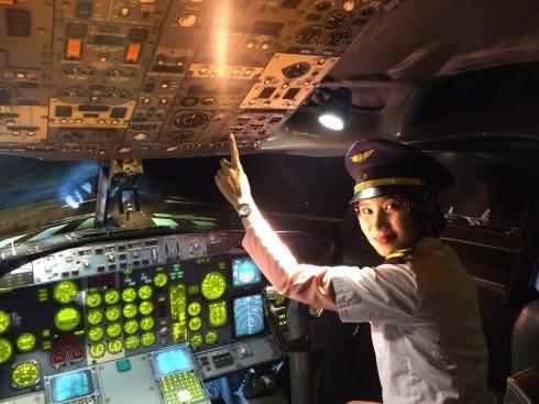 Jadi pilot di Museum Angkut.